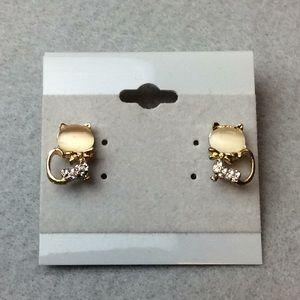 Jewelry - New Cute Cat Stud Earrings